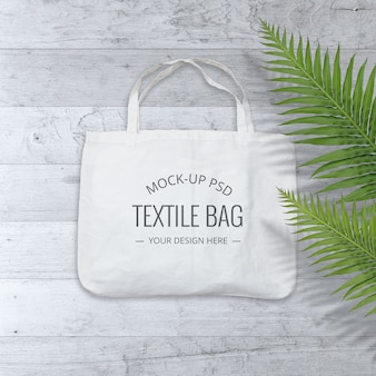 Makieta torby płóciennej na drewnianym