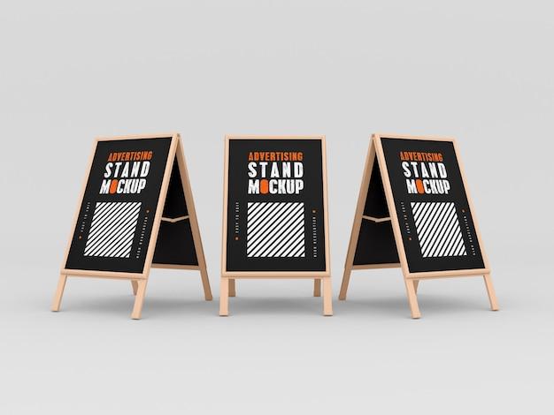 Makieta trzech stojaków reklamowych