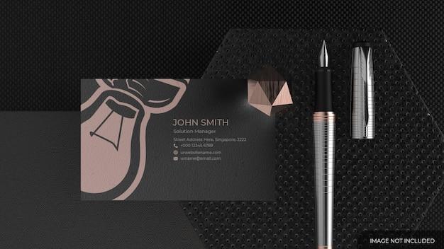 Makieta wizytówki z eleganckim długopisem