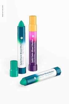 Makieta z mieszanymi markerami stałej farby, widok z przodu