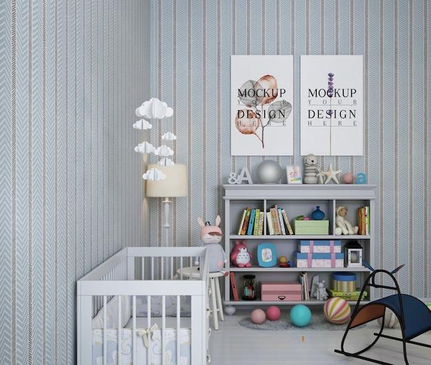 Makieta z ramą plakatową w pokoju dziecięcym z tapetą