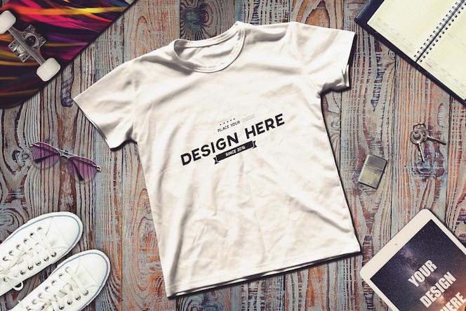Makieta z t-shirtami
