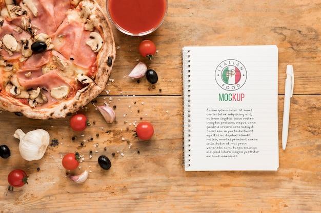 Makieta zeszytu włoskiego jedzenia