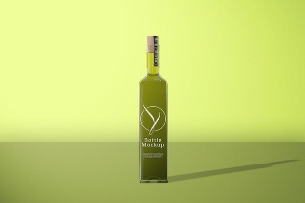 Makieta zielonej butelki z widokiem z przodu