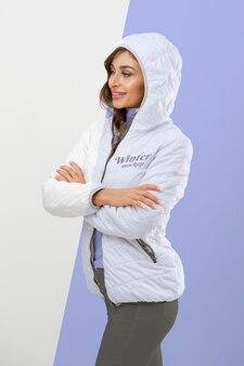 Makieta zimowych ubrań z modelem