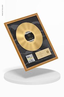 Makieta złotego albumu, spadający