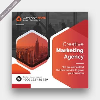 Marketing cyfrowy w mediach społecznościowych post banner i projekt szablonu kwadratowej ulotki