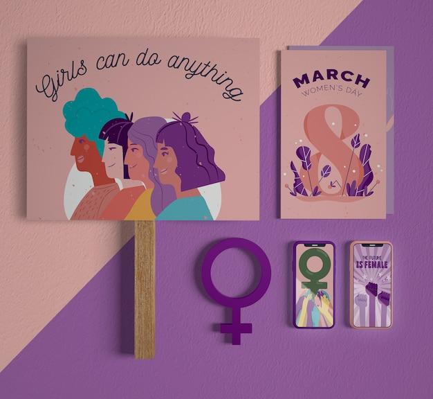 Międzynarodowy dzień kobiet z makietą