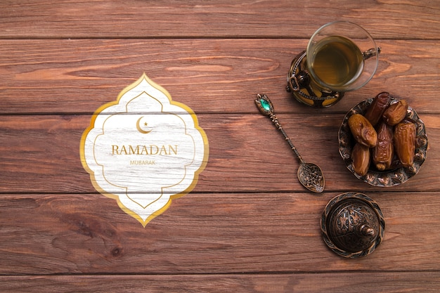 Mieszkanie świeckich ramadan kompozycji z copyspace