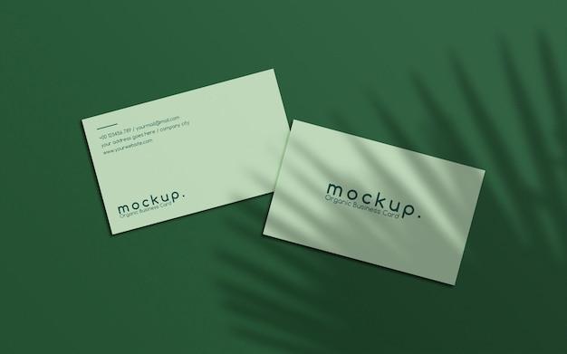 Minimalistyczna makieta wizytówki z nakładkami liści