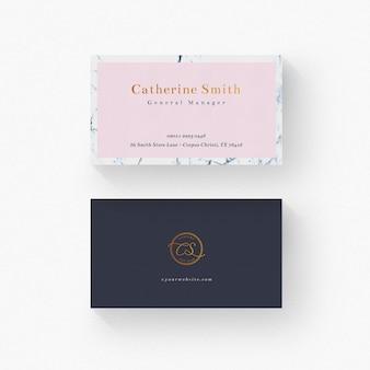 Minimalna wizytówka ze złotymi detalami