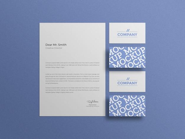 Minimalny papier firmowy z makietą wizytówki