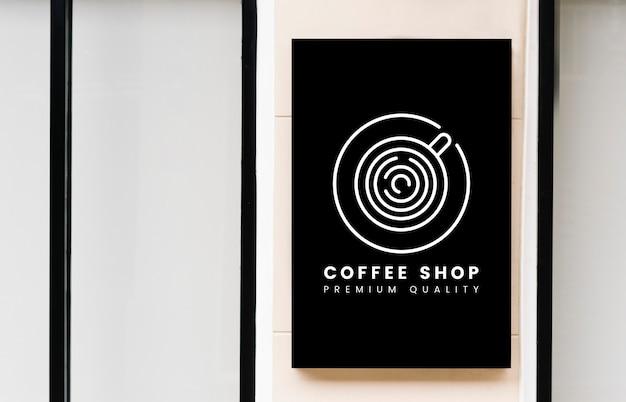 Minimalny sklep z kawą szyldowy mockup