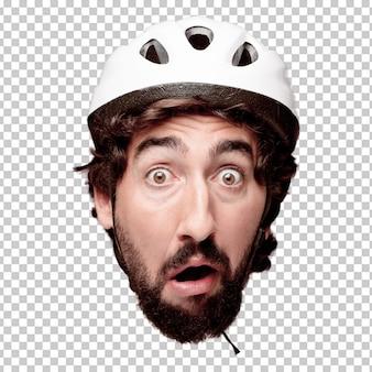Młody szalony brodaty mężczyzna wycinanki głowy wyrażenie odizolowywający. rola rowerzysty. przerażona koncepcja