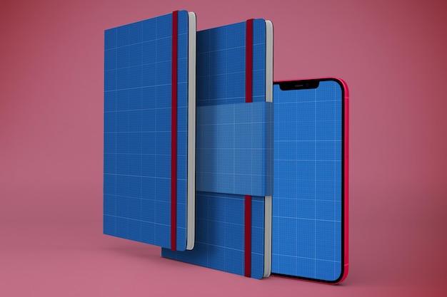 Notatnik i makieta smartfona