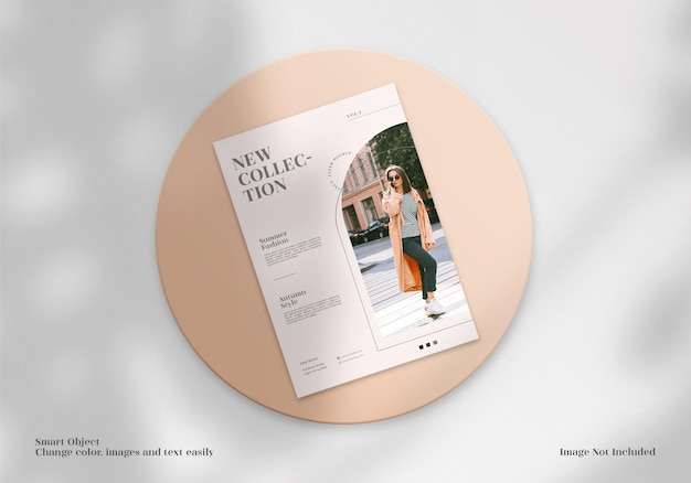 Nowoczesna i elegancka minimalistyczna makieta ulotki, broszury lub ulotki z bezpłatnym projektem układu szablonu