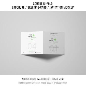 Nowoczesny kwadratowy bi-fold broszura lub makieta z życzeniami