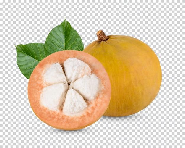 Owoc sentol z liśćmi na białym tle