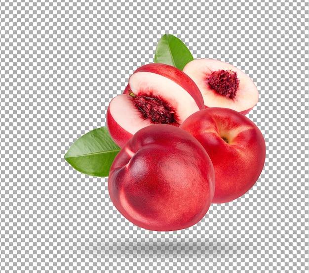 Owoce nektarynki z liściem na białym tle. pełna głębia ostrości