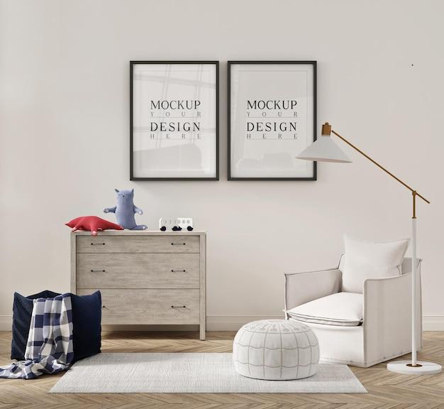 Piękne wnętrze pokoju dziecięcego z fotelem rozkładanym i makietą plakatu