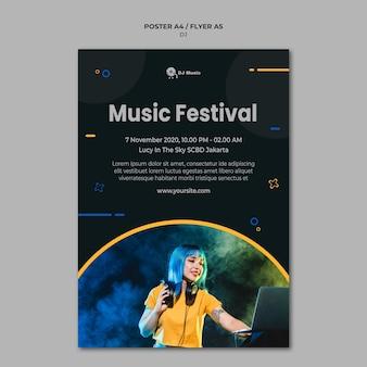 Pionowy plakat na festiwal muzyczny