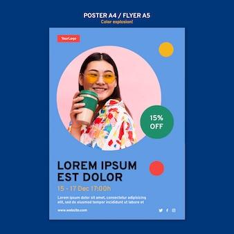 Pionowy plakat przedstawiający kobietę pijącą z kubka