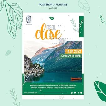 Pionowy plakat przedstawiający przyrodę z krajobrazem dzikiej przyrody