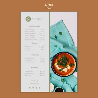 Pionowy szablon menu dla wegańskich potraw