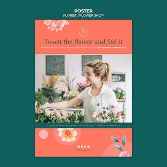 Pionowy szablon plakatu dla biznesu kwiaciarni