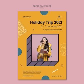 Pionowy szablon plakatu na wakacje z kobietą z plecakiem