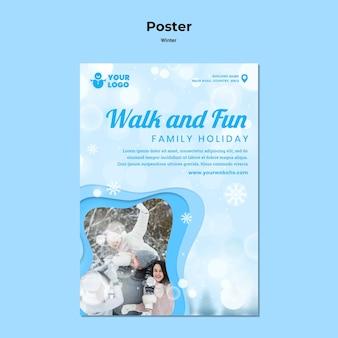 Plakat szablonu reklamy zimowego czasu rodzinnego