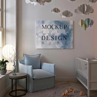Plakatowa makieta w uroczym wnętrzu pokoju dziecięcego