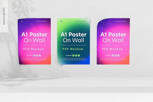 Plakaty a1 ustawione na makiecie ściennej