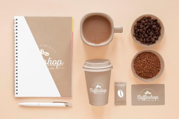 Płaskie elementy marki kawy