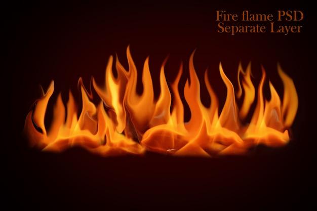 Płomienie ognia na białym tle