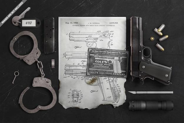 Podarty, Spalony Plakat Z Makietą Brutalnych Akcesoriów Premium Psd