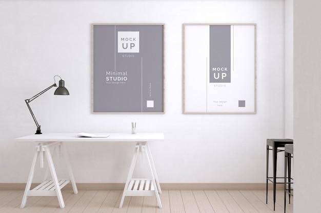 Pokój artysty z biurkiem