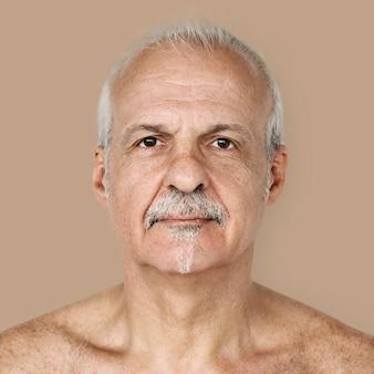 Portret brytyjski starszy mężczyzna