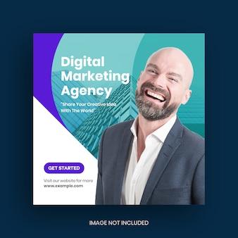 Post w mediach społecznościowych dotyczący marketingu cyfrowego biznesu