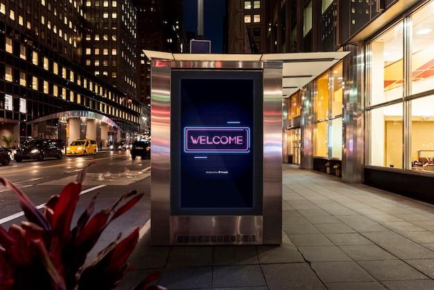 Powitanie makiety billboardu w neonie