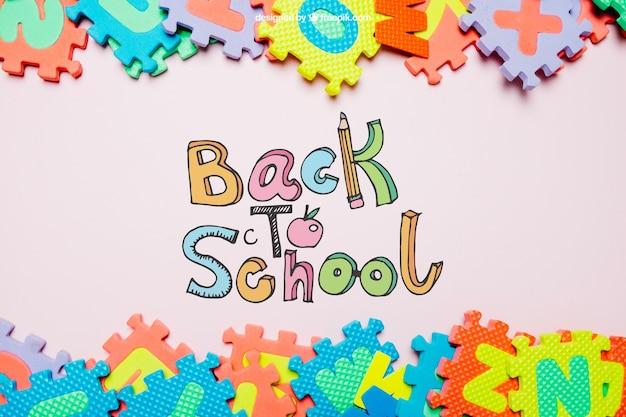 Powrót do szkoły szablonu z układanki