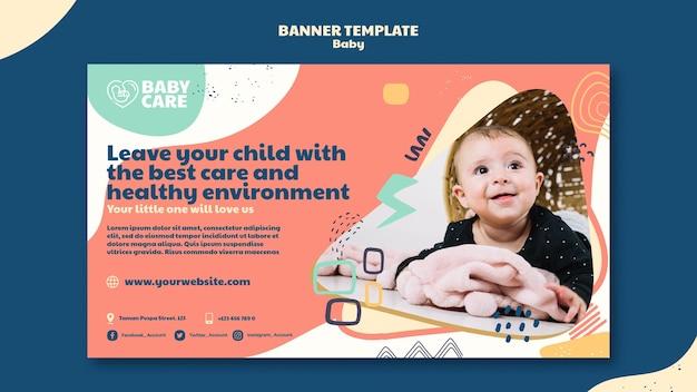 Poziomy baner dla profesjonalistów zajmujących się opieką nad dziećmi