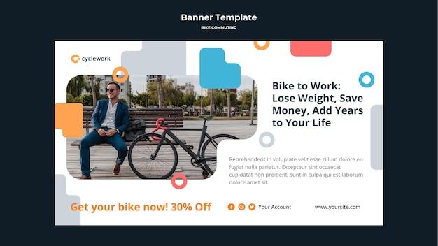 Poziomy baner na dojazdy do pracy na rowerze z pasażerem płci męskiej