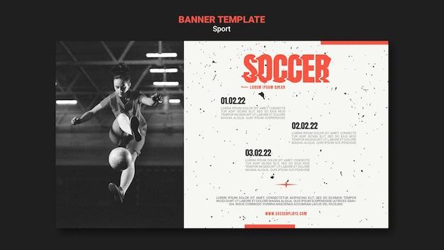 Poziomy baner szablon do piłki nożnej z kobietą gracza