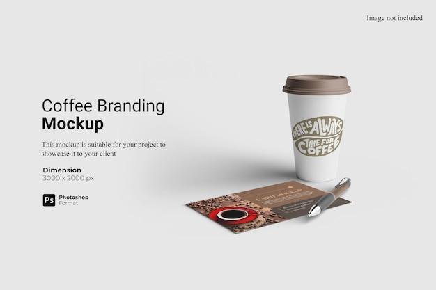Projekt makieta marki kawy na białym tle