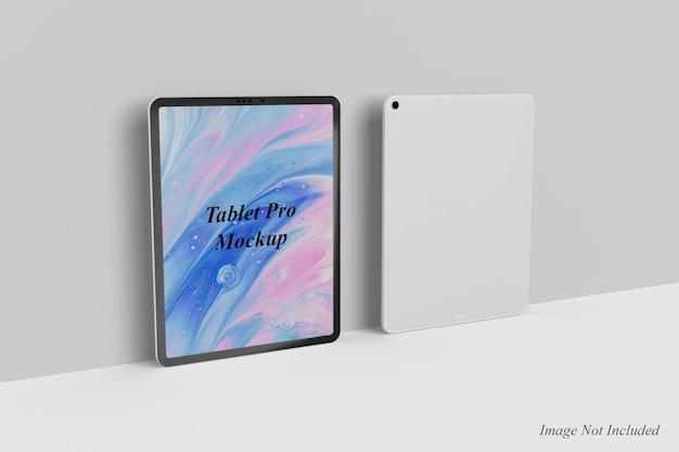 Projekt makiety tabletu pro na białym tle