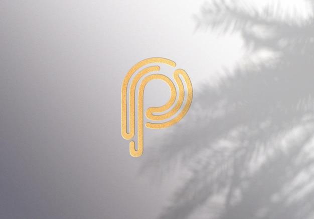 Projekt makiety złotego logo