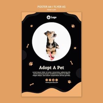Przyjmij szablon plakatu dla zwierzaków domowych