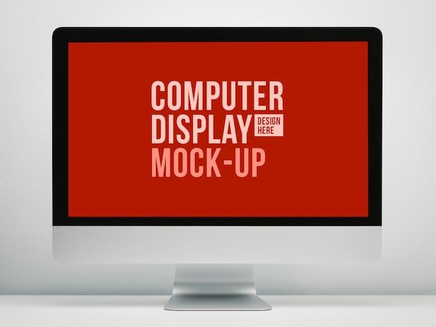 Pusty ekran komputera do makiety w wnętrzach biurowych, biurko do pracy.
