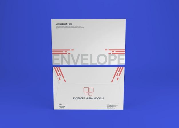 Realistyczna makieta koperty na białym tle
